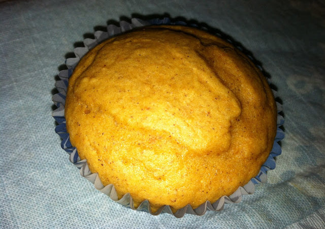The most amazing LOW FAT Pumpkin Cupcakes ~ever~