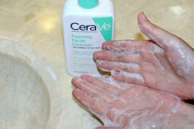 foaming-facial-cleanser