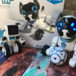 Use your imagination with WowWee CHiP and COJI Robots. The perfect gift for children.
